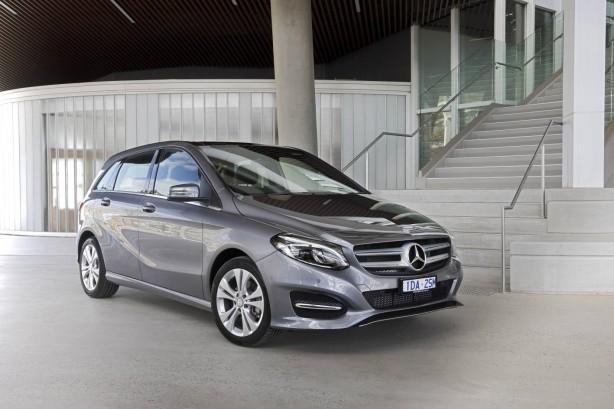 Mercedes-Benz B-Class front quarter