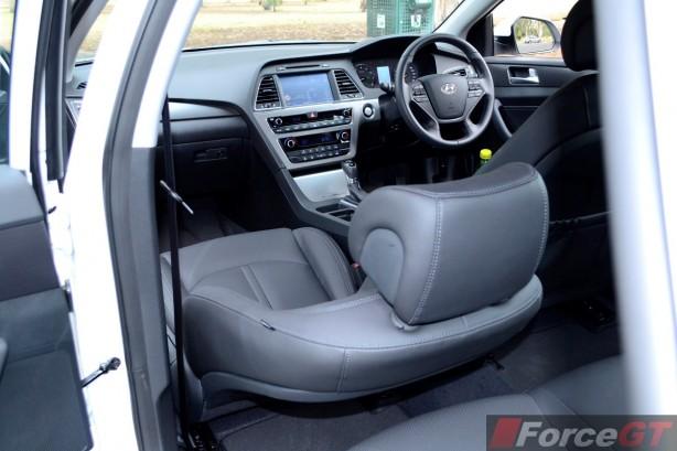 2015 Hyundai Sonata Elite interior