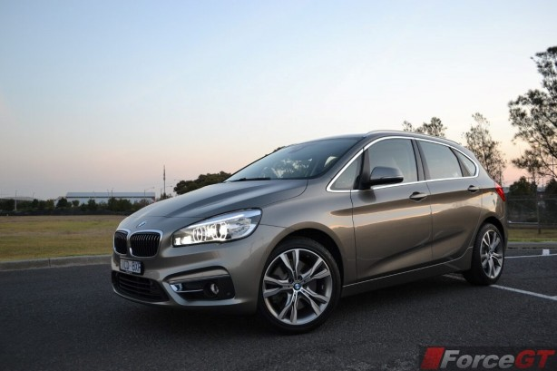 2015-bmw-2-series-active-tourer-front-quarter2