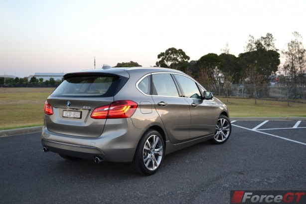 2015-bmw-2-series-active-tourer-rear-quarter