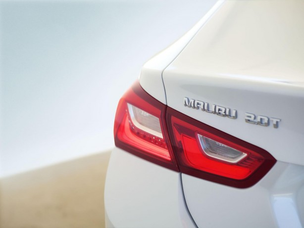 2016 Chevrolet Malibu rear taillight