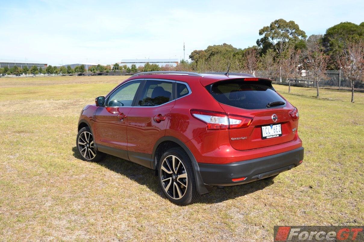 Nissan Qashqai Review: 2015 Qashqai Diesel