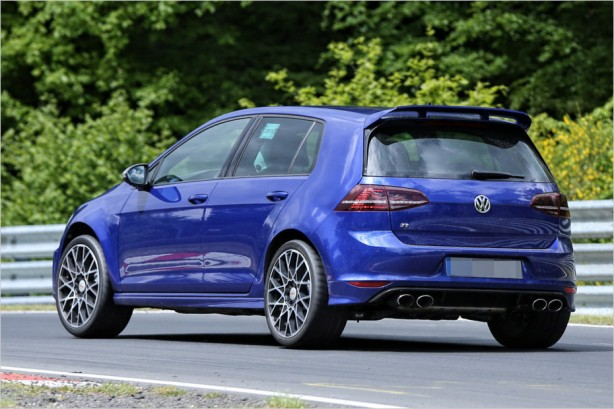 volkswagen-golr-r400-spy-photo-rear-quarter