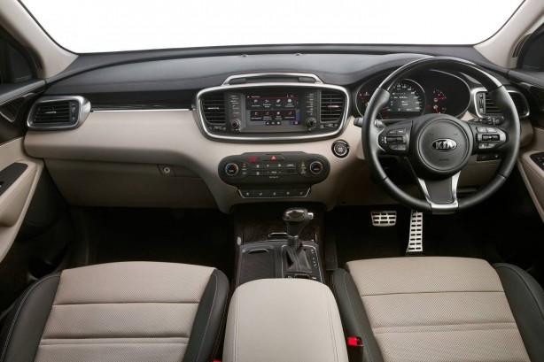 2015 Kia Sorento Platinum interior