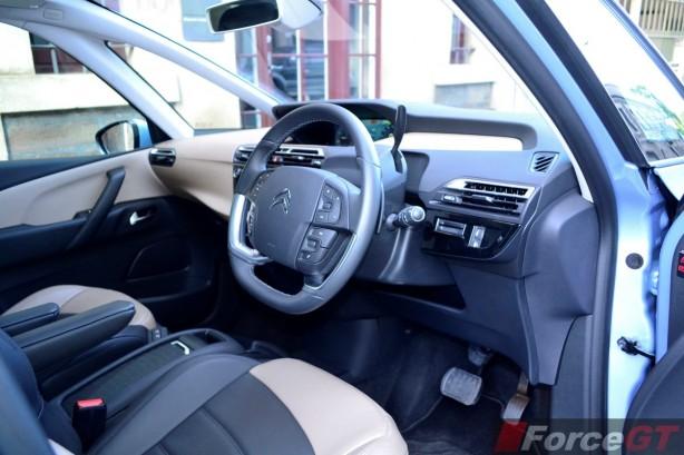 2015 Citroen C4 Picasso interior