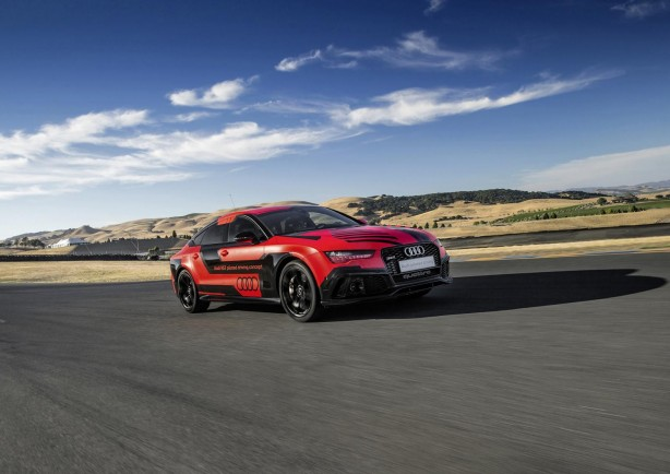 Audi RS7 piloted driving concept front quarter