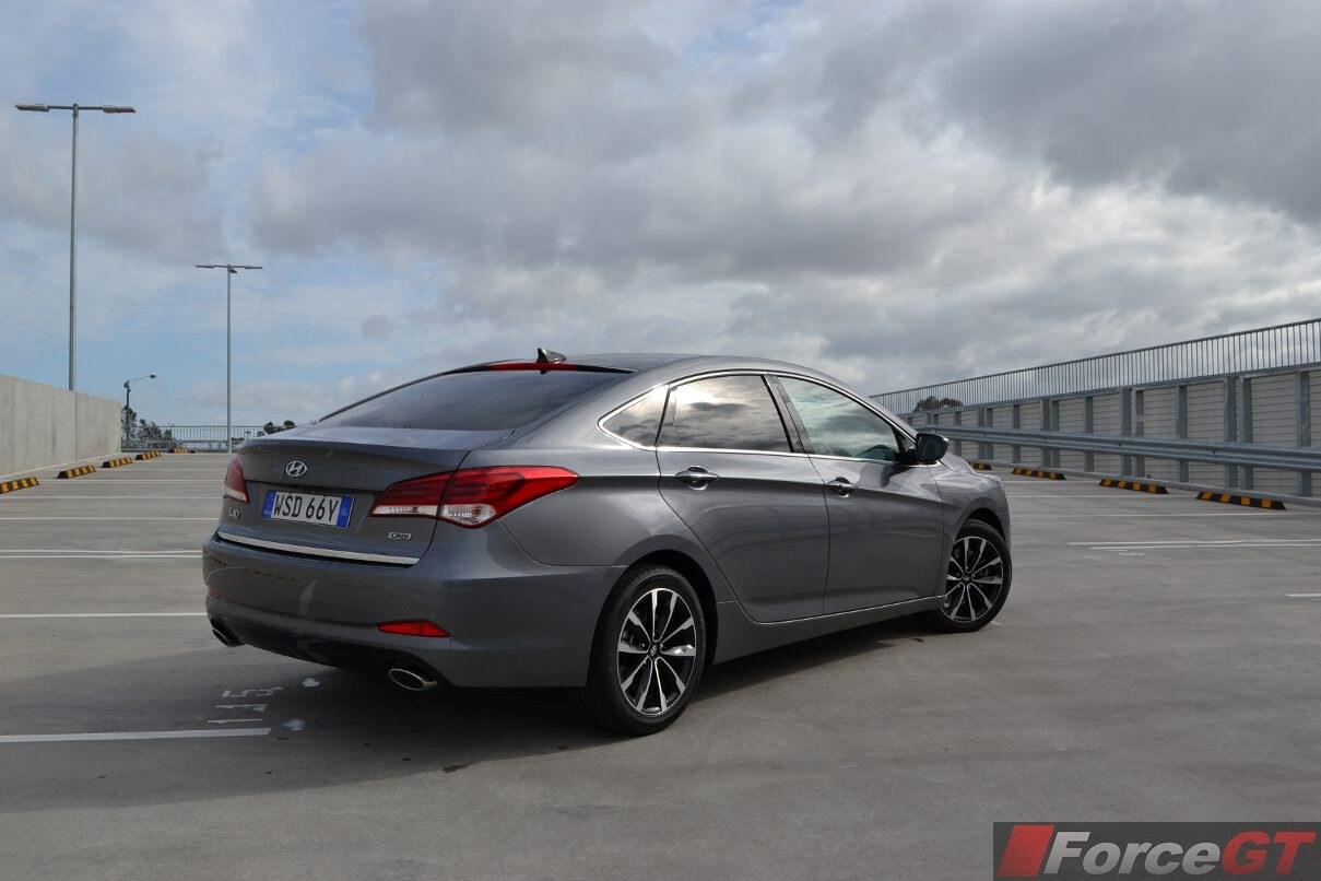 Hyundai I40 Review 2015 I40 Series Ii
