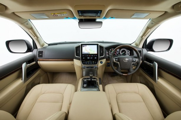 2015 Toyota Landcruiser 200 Series interior