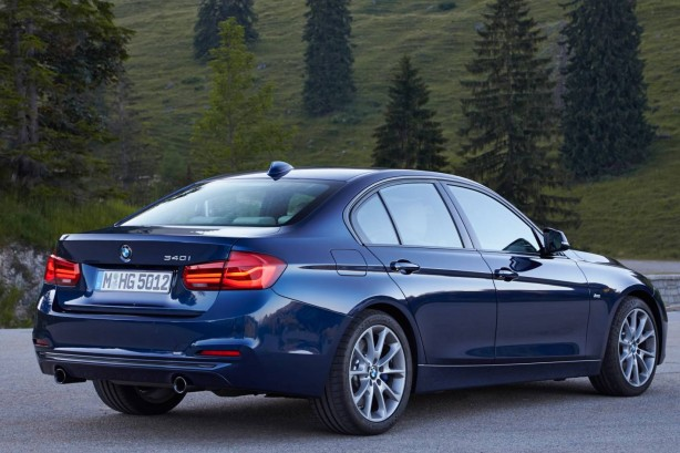 2016-bmw-3-series-facelift-rear-quarter