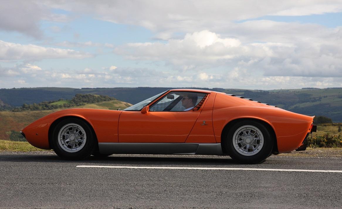 1968 Lamborghini Miura The Italian Job 1 Side Forcegt Com