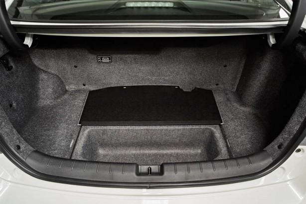 2015 Honda Accord Sport Hybrid boot-1