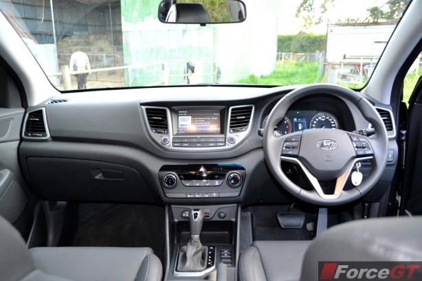 2015 Hyundai Tucson ActiveX interior