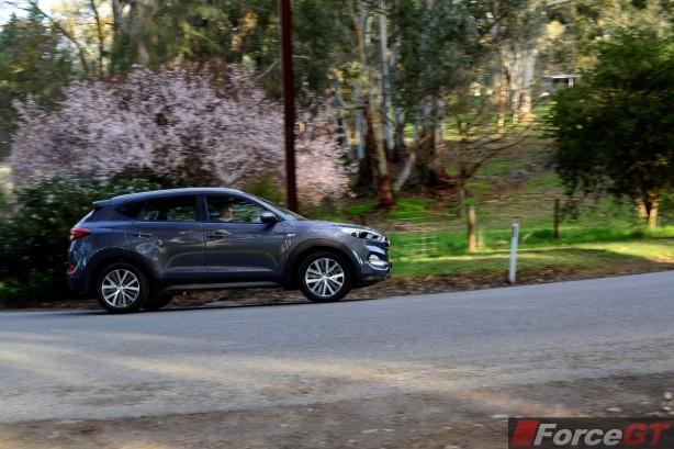 2015 Hyundai Tucson ActiveX side rolling