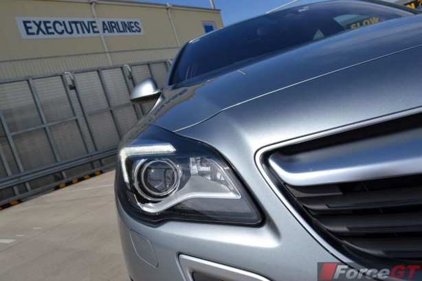 2015-holden-insignia-vxr-headlight