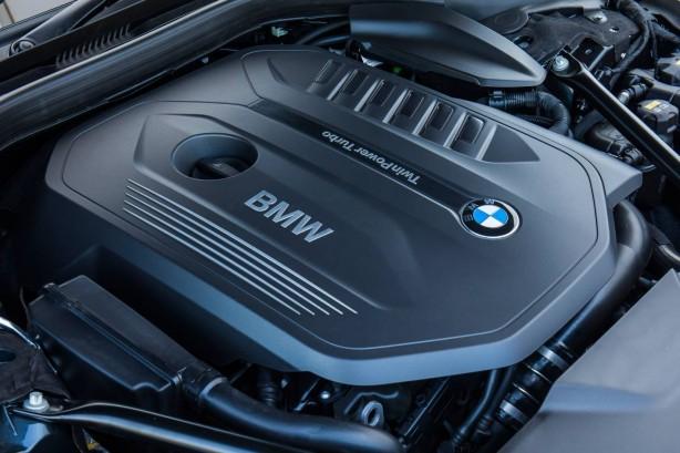 2016 BMW 740i engine
