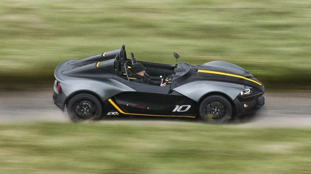 2016 Zenos Z10 R - Right Track