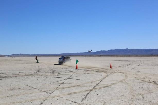 hyundai-ix35-fuel-cell-salt-flats-speeding
