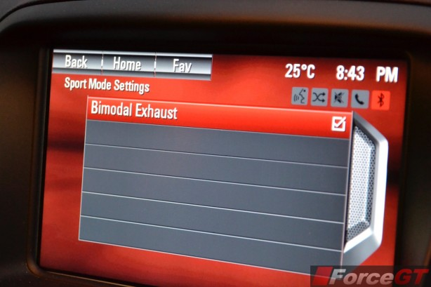 2015 Holden VFII Commodore Sportswagon bimodal exhaust