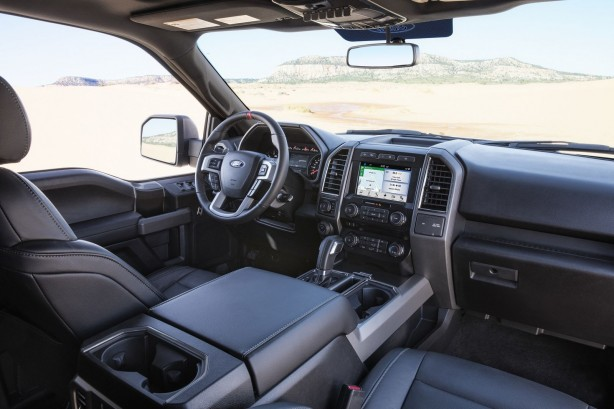 2017 Ford F-150 SuperCrew Cab Raptor interior