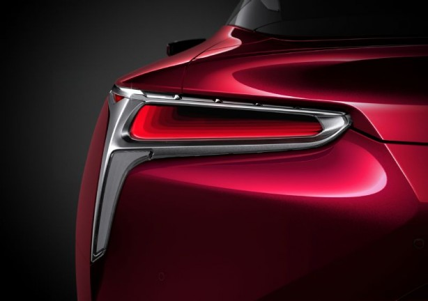 2017 Lexus LC 500 coupe tail light