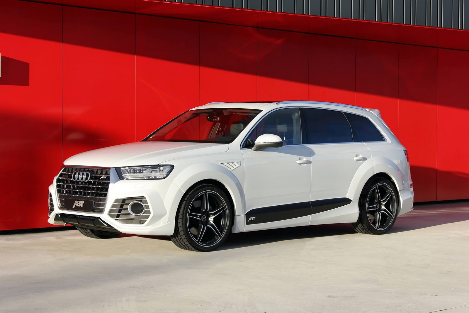 Audi Tuning Abt S Audi Qs7 Is One Mean Looking Q7