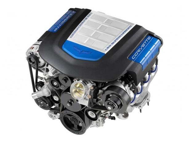 ls9-62l-supercharged-corvette-zr1-engine