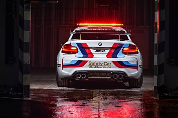 2016-motogp-bmw-m2-safety-car-rear