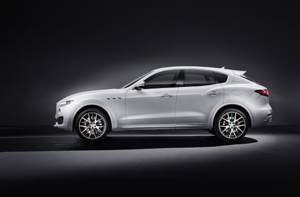 forcegt Maserati_Levante_side