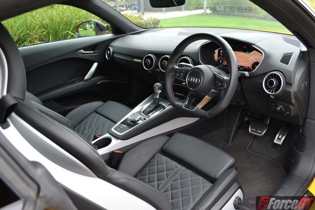 2016-audi-tts-review-forcegt-interior-dash