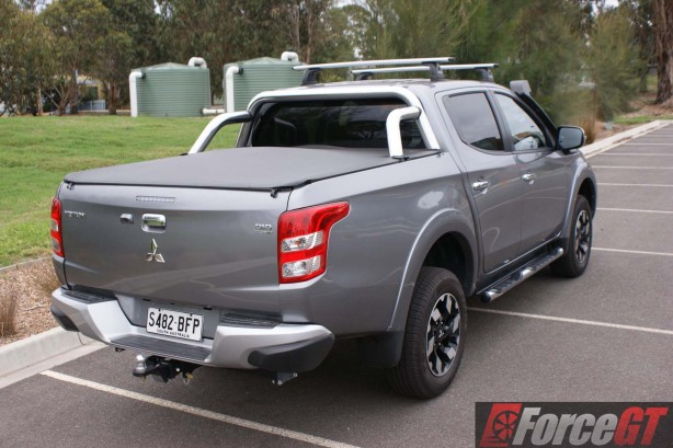 Mitsubishi-Cars-Review-Triton-GLS-2016-AT - 14-rear-right