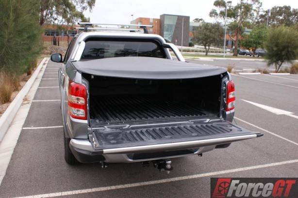 Mitsubishi-Cars-Review-Triton-GLS-2016-AT - 23-tray