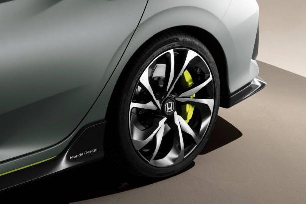 honda-cars-news-honda-civic-prototype-geneva-2016-motor-show-rear-wheels