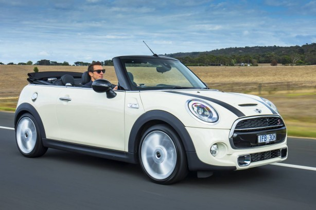 2016 mini cooper s convertible front quarter