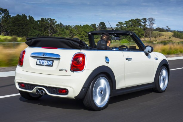 2016 mini cooper s convertible rear quarter