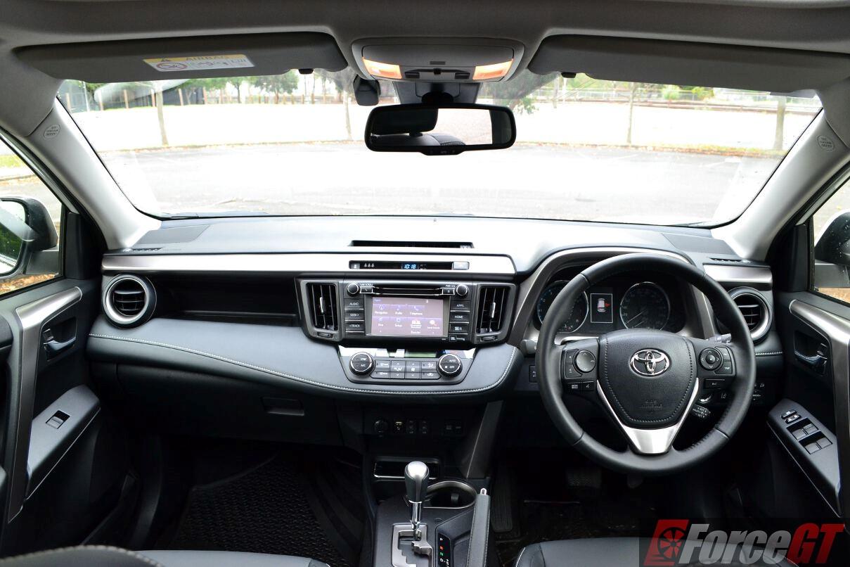 Toyota RAV4 Review: 2016 Toyota RAV4