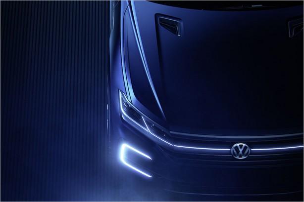 2017-volkswagen-touareg-teaser-bonnet