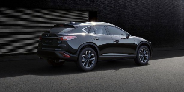 2017_mazda-news-cars-cx4-crossover-suv-china-beijing-motor-show-auto-show-white-offroad-black-rear-behind-back