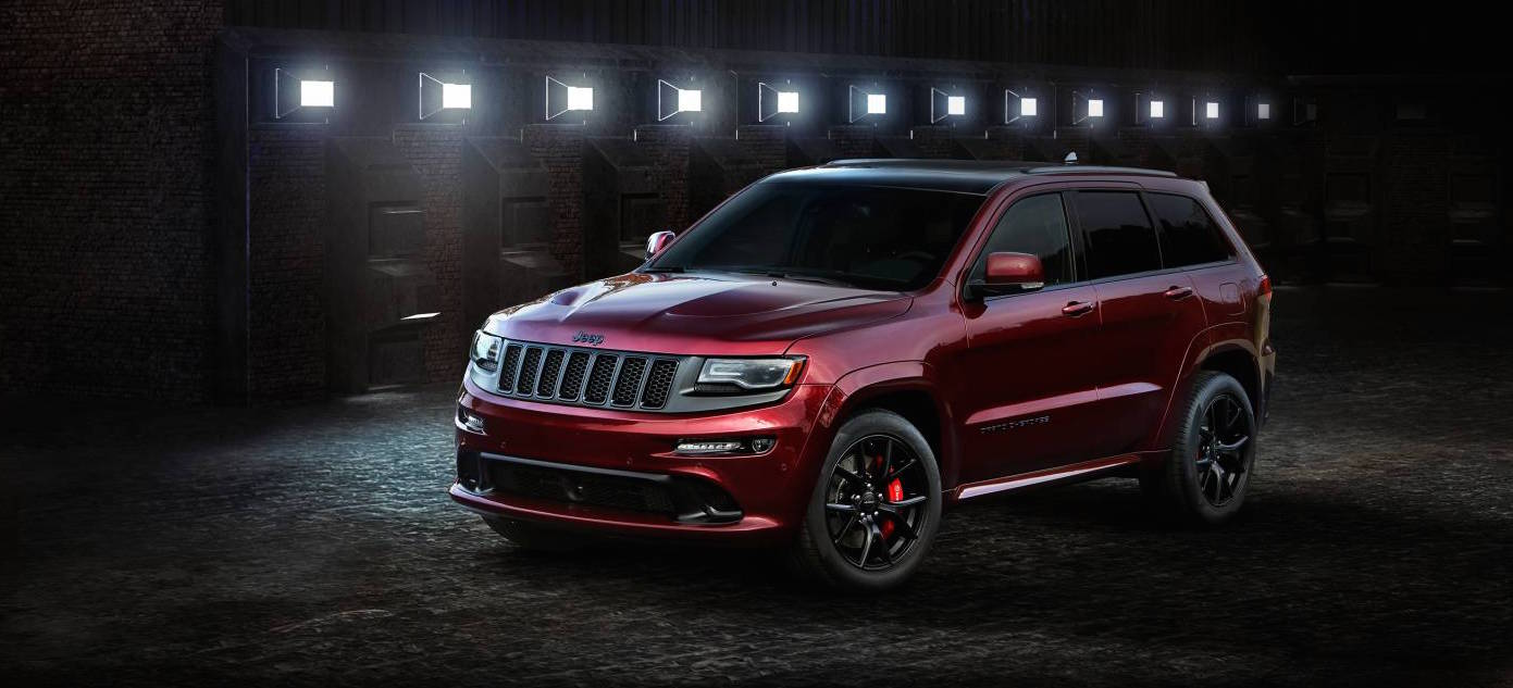 stealthy jeep grand cherokee srt night lands from 97 000. Black Bedroom Furniture Sets. Home Design Ideas