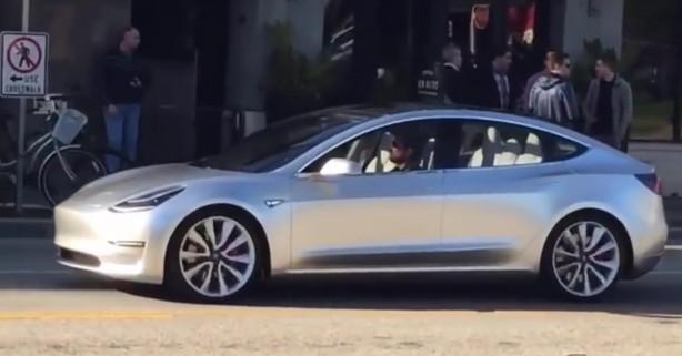 tesla-model-3-driving-california-2