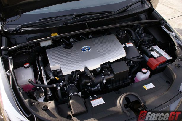 2016-toyota-prius-review-itech-australia-forcegt-hybrid-car-engine