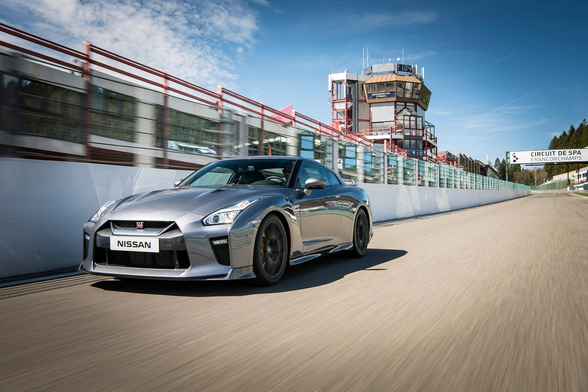 2017 Nissan Gt R Detailed In New Video And Photos