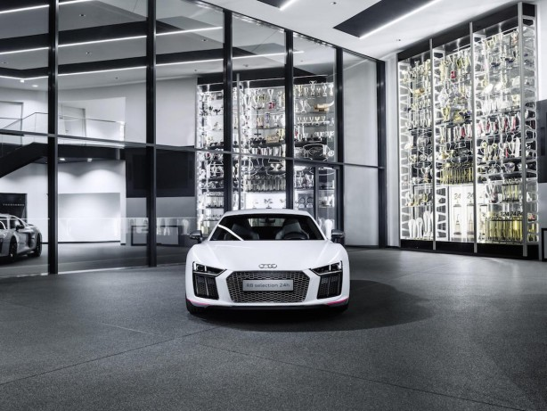 audi r8 v10 plus selection 24h front