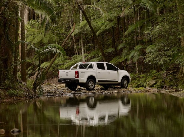 forcegt-holden-cars-news-stylish-lsx-ls-x-varient-newmodel-colorado-range-holdencolorado-suv-press-release-4x4-ute-tough-truck-offroad