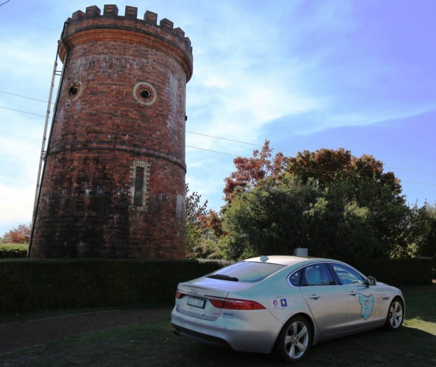 jaguar-xf-drive-around-tasmania-3