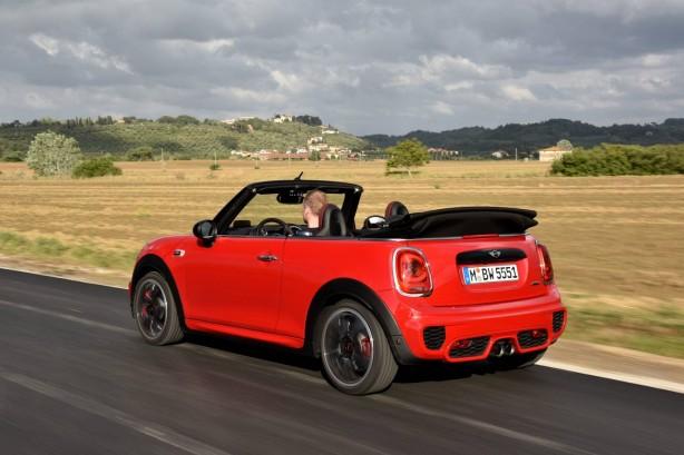 mini-cars-news-john-cooper-works-convertible-topless-opentop-04