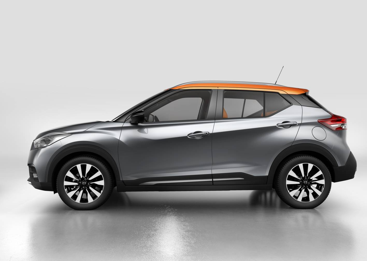 nissan news nissan kicks compact crossover goes into production. Black Bedroom Furniture Sets. Home Design Ideas