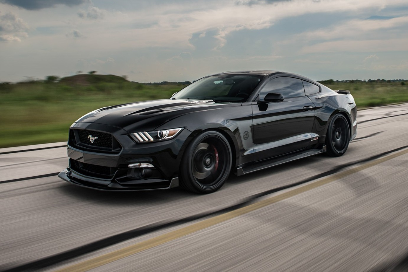 Hennessey Unleashes Supercharged Hpe800 Ford Mustang