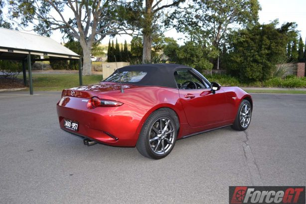 2016 mazda mx-5 roadster rear quarter roof up