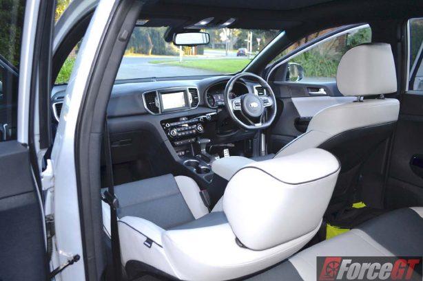 2016 Kia Sportage platinum interior