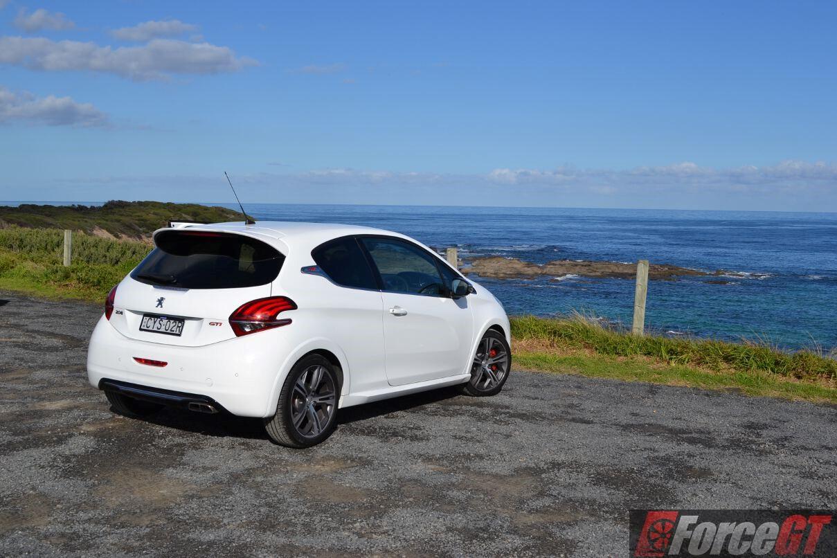 2016 Peugeot 208 Gti Review